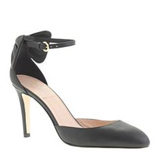 Leather bow ankle-strap pumps