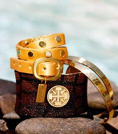 Stingray Brown, Gold Triple Wrap, Gold Bangles #Poolside