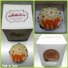 Cupcake de feliz cumpleaños para Yiyi