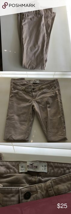 Hollister Low Rise Super Skinny Jeans Hollister Khaki Pants  - Gently loved, worn a handful of times - Comfortable  - Perfect condition ✨ - No Trades  No Paypal - Bundle 3 + Items for a discounted price   If you have any questions, feel free to ask me in the comments below  Hollister Jeans Skinny