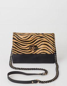 1.2.3 Paris - Les accessoires automne-hiver 2016 - #Sac imprimé animalier Orest 99€ #123paris #mode #fashion #shopping #accessoire #accessories #purse
