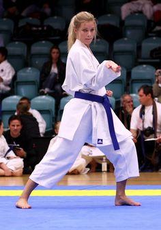 Judo Karate, Shotokan Karate, Karate Girl, Taekwondo, Karate Kumite, Martial Arts Clothing, Martial Arts Women, Muay Thai, Female Martial Artists