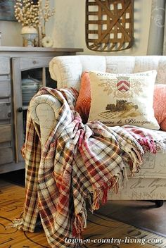 Cozy Living with cotton blankets