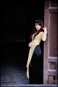 Vietnamese Dress, Ao Dai, Asian Beauty, Pretty Girls, Beautiful Women, Celebrities, Sexy, Photography, Dresses