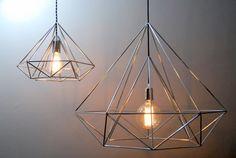 Himmeli lumière diamant pendentif Cage Edison Style géométrique lampe argent lustre Original Art Himmeli Panselinos par panselinos sur Etsy https://www.etsy.com/fr/listing/183386952/himmeli-lumiere-diamant-pendentif-cage