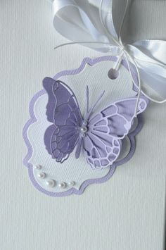 Butterfly tag Diy And Crafts, Paper Crafts, Birthday Tags, Handmade Gift Tags, Candy Cards, Marianne Design, Scrapbook Embellishments, Butterfly Cards, Card Tags