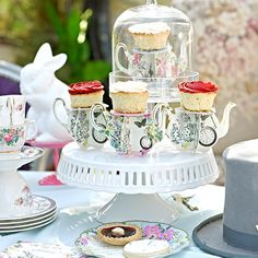 Make your Mad Hatter Tea Party celebration extra special with our Alice Mini Teapot Cupcake Stands! They are a fabulous way to serve Cupcakes! Quantity: 6 Cupcake Stands per pack in 3 mini teapot desi