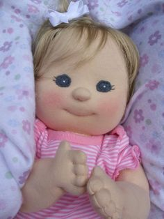 PDF pattern for cloth baby doll. Soooo cute!  For the girls Aunt Shell