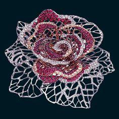 Rose brooch by Öro Trend