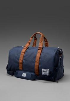 Herschel Supply Co. Novel Bag in Navy/Tan Ry