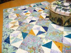 Tischläufer/Table Runner -von Roswitha - www.roswithasquiltshop.at View Image, Joy, Quilts, Blanket, Sewing, Pattern, Comforters, Blankets, Dressmaking