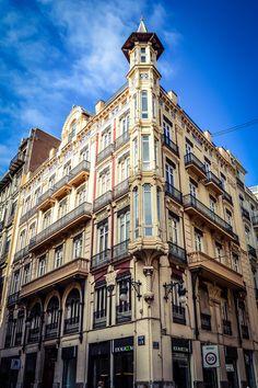 Edificio Sancho, calle de la Paz 19 (Valencia - Spain)