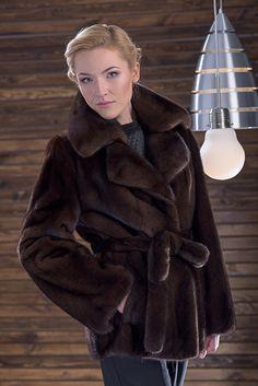 Classic cut mink belted jacket mink in Mahogany. #furcoat #furs #fashion #women