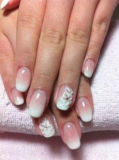 unghie gel nail art sposa sfumate e fiore
