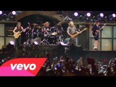 ▶ AC/DC - AC/DC Back In Black (Live At River Plate 2009) - YouTube