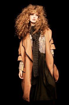 Rosanne Doosje - Curls, curls, curls...