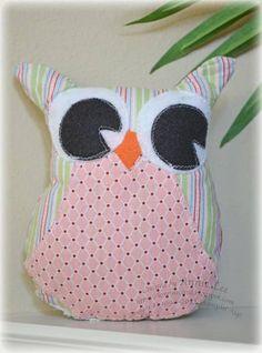 Cute Owl pattern using My Digital Studio Owl Sewing, Baby Sewing, Owl Fabric, Owl Patterns, Cute Owl, Owls, Sewing Projects, Stuffed Owl, Project Ideas