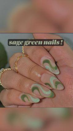 Clear Acrylic Nails, Simple Acrylic Nails, Almond Acrylic Nails, Gold Nails, Pink Nails, Emerald Nails, Jade Nails, Stylish Nails, Trendy Nails