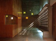 Salão Paroquial María Inmaculada / Equipo Olivares Arquitectura