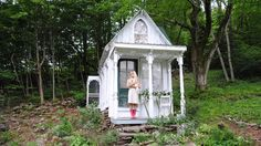 Move over, man cave! Women escaping to 'She Sheds'