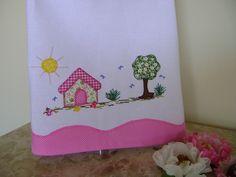 patch aplique by Coração rosa, via Flickr, would make a cute border for a skirt