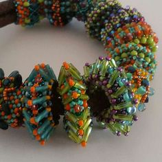 Another beaded slider bead pattern, that has been updated.
