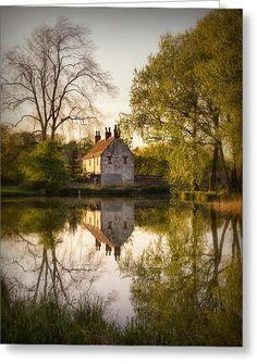 Gamekeeper's Cottage, Cusworth England,Doncaster, South Yorkshire, England. Photo by Ian Barber. Cottages Anglais, Beautiful Homes, Beautiful Places, South Yorkshire, Yorkshire England, England Uk, Cabins And Cottages, Cottages In Ireland, English Countryside