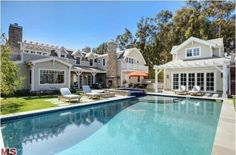 Howie Mandel's Cape Cod-Style Home in Malibu