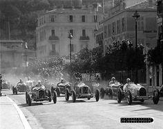 GP Monaco 1934 , Scuderia Ferrari , Alfa Romeo P3 #22 Driver Carlo Felice Trossi , #14 Driver Philipe Etancelin in Maserati 8CM , #8 Driver Renee Dreyfuss in Bugatti T59