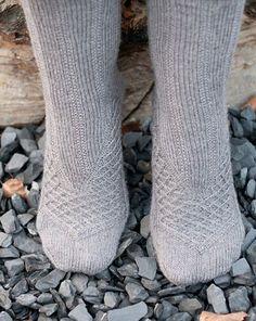 Maeva sock: Knitty Winter 2011