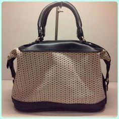 とっても軽くて使いやすい!!涼しげパンチングバッグをご紹介☆ | CRYSTA Blog