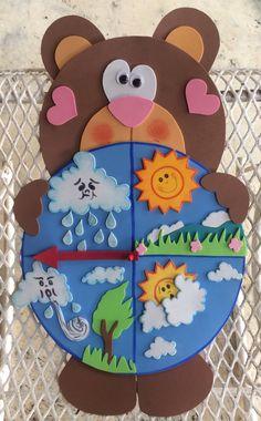 Creative Curriculum Preschool, Preschool Classroom, Classroom Activities, Classroom Decor, Toddler Activities, Kids Learning Activities, Class Door Decorations, Board Decoration, Cardboard Crafts