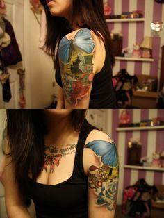 Alice In Wonderland sleve Alice Madness Returns, London Shopping, Great Tattoos, Future Tattoos, Body Mods, Tattoo Studio, Tattoo Designs, Tattoo Ideas, Alice In Wonderland