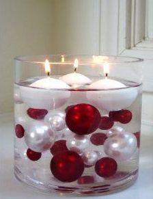 4 Inexpensive Christmas Decor Ideas - Floating Ornament Centerpiece