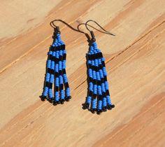 Pretty dangling seed bead earrings. Handmade by VickiDesignsCA