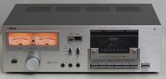 Philips Vintage Audio Shop 3 Maja 19 Katowice Poland www. Tape Recorder, High End Audio, Hifi Audio, Film Camera, Turntable, Vinyl Records, Decks, Poland, Usb