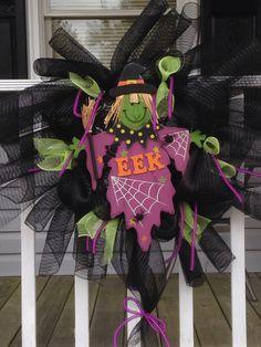Halloween $40 Craft Sale, Wreaths, Halloween, Crafts, Home Decor, Manualidades, Decoration Home, Door Wreaths, Room Decor