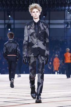 Dior Homme Fall-Winter 2017 - Paris Fashion Week - Male Fashion Trends