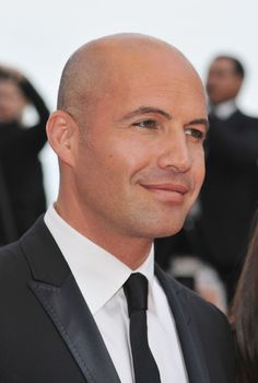 A Definitive Ranking Of The Hottest Bald Actors In Hollywood Good Looking Bald Men, Bald Actors, Shaved Head Styles, Bald Men Style, Billy Zane, Shave My Head, Bald Man, Celebrities Then And Now, Male Pattern Baldness