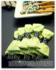 Cute! ideas for baby showers!