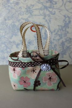 Easy to make American Girl Doll Bag...