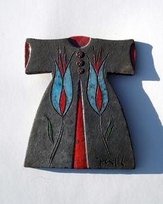 Raku Fired Black Ceramic Caftan with Blue Tulips Pomegranate Art, Blue Tulips, Turkish Art, Name Banners, Japanese Patterns, Ceramic Pottery, Garland, Glass Art, Art Deco