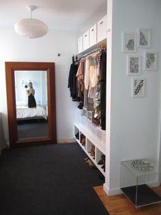 Charmant Laura Cattanou0027s Brooklyn Alcove Studio Apartment: Dressing Area Studio Apt,  Small Studio, Studio