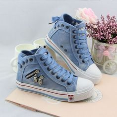 Unique denim sneakers, with side zipper very cool and personality, what's more there are skull metal decoration, lace up design can adjust to fit your foot comfy. Once you have it, you will be fall in