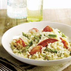 Risotto au homard et aux asperges Risotto Cremeux, Plus Populaire, Pasta Salad, Cooking Recipes, Ethnic Recipes, Food, Lobster Risotto, Grilled Lobster, Asparagus