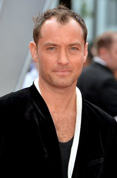 Pin for Later: 34 Stars Who Have Been Going by Their Middle Names This Whole Time Jude Law = David Jude Heyworth Law