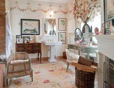 French Bathroom #French #Bathroom