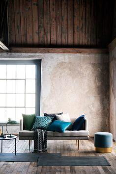 Coussins à partir de 9,99 euros et couverture 39,99 euros, H&M Home