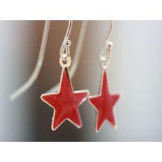 Super cute handmade red star earrings.