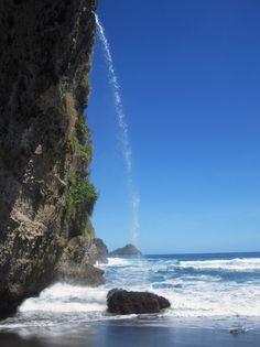 Anba Wavin Siwik Falls, Dominica